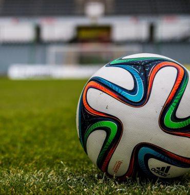Piłka nożna – zmiana terminu